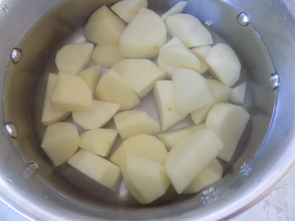 Cuối tuần thảnh thơi làm bánh tôm chiên xù thơm ngon cực hấp dẫn - 2
