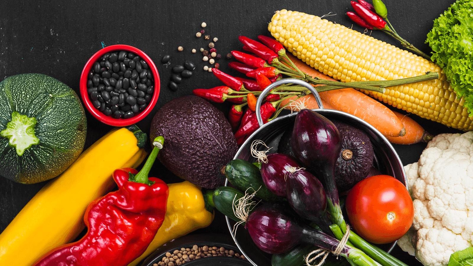 Chế độ ăn Keto là một phương pháp dinh dưỡng giúp giảm cân nhanh và cải thiện sức khỏe cho người thực hiện. Theo phương pháp này, lượng calories nạp vào hằng ngày sẽ gồm 75% chất béo, 20% chất đạm và 5% carb. Kiên trì theo đuổi chế độ ăn kiêng Keto, bạn sẽ có được sắc vóc mơ ước và sức khỏe dẻo dai, phòng trừ bệnh tật