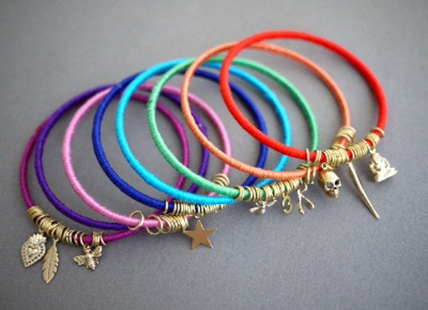 voh.com.vn-3-cach-lam-vong-tay-handmade-de-nhu-an-keo-ngay-tai-nha-10