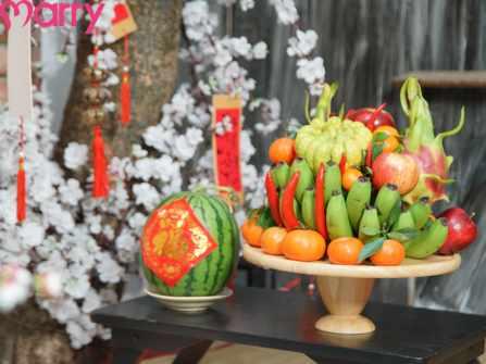 Nên chọn gì để cắm hoa bàn thờ ngày Tết vừa đẹp vừa hợp phong thủy?