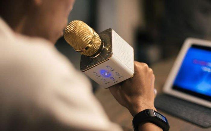 Micro thu âm loại nào tốt cho karaoke