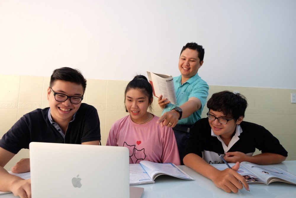 Review Khoa Hoc On Luyen Tieng Anh Ielts