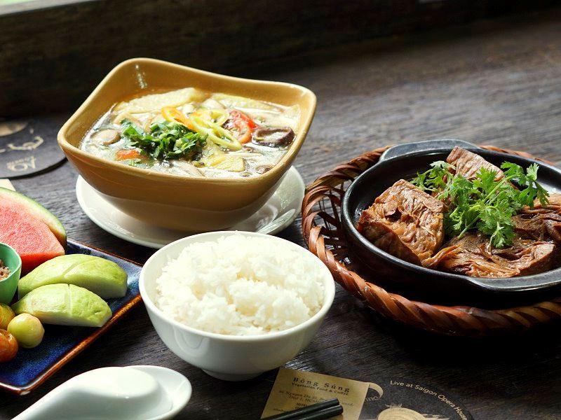 Nhà hàng Chay Bông Súng | Lune Production