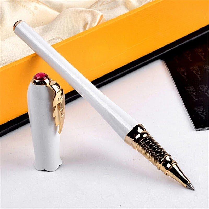 Một địa chỉ bán bút ký cao cấp chính hãng sẽ mang đến cho bạn sản phẩm tuyệt vời