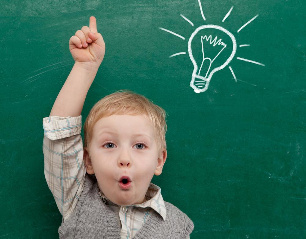 Giúp trẻ phát triển tư duy