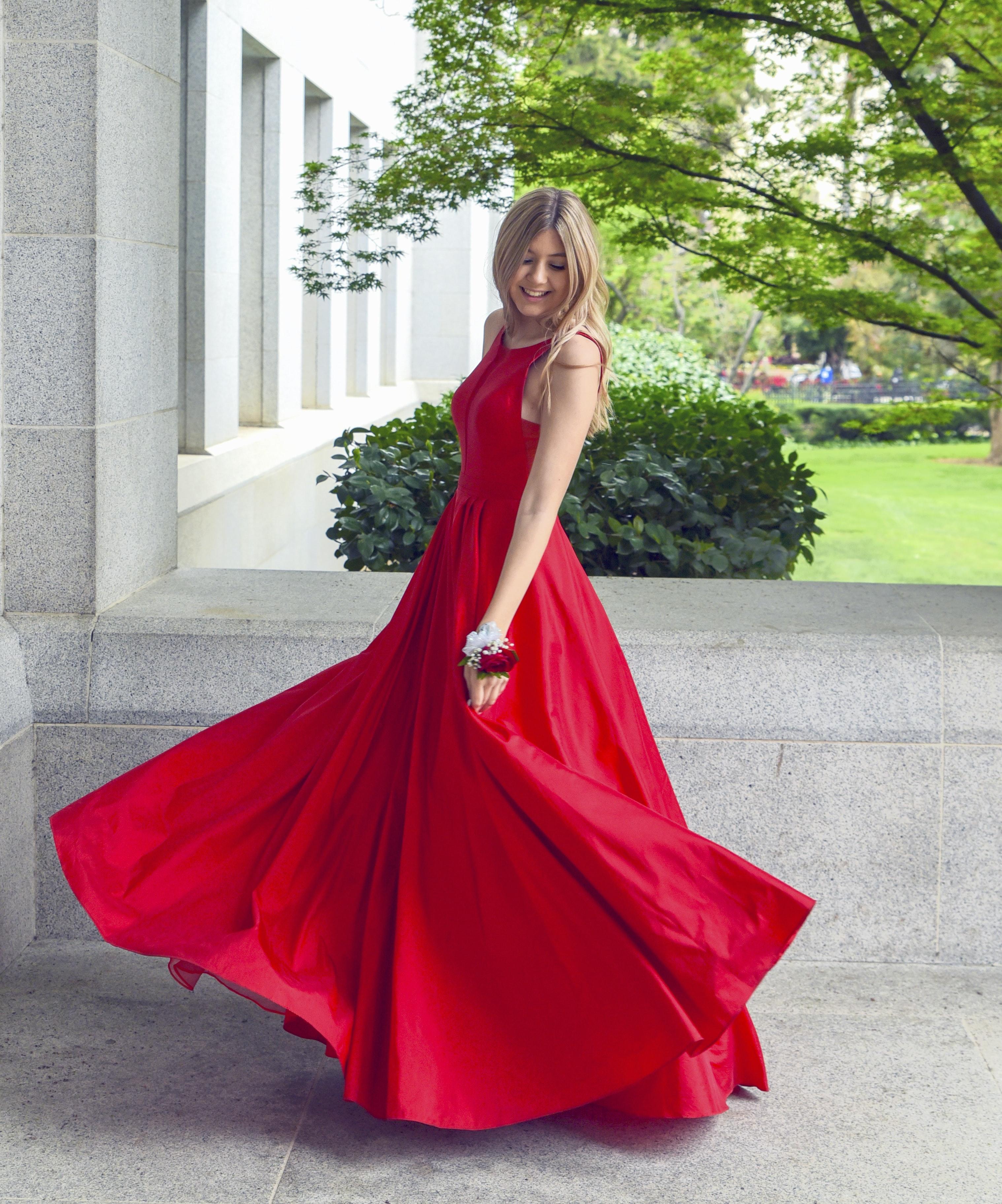500+ Dress Pictures | Download Free Images on Unsplash
