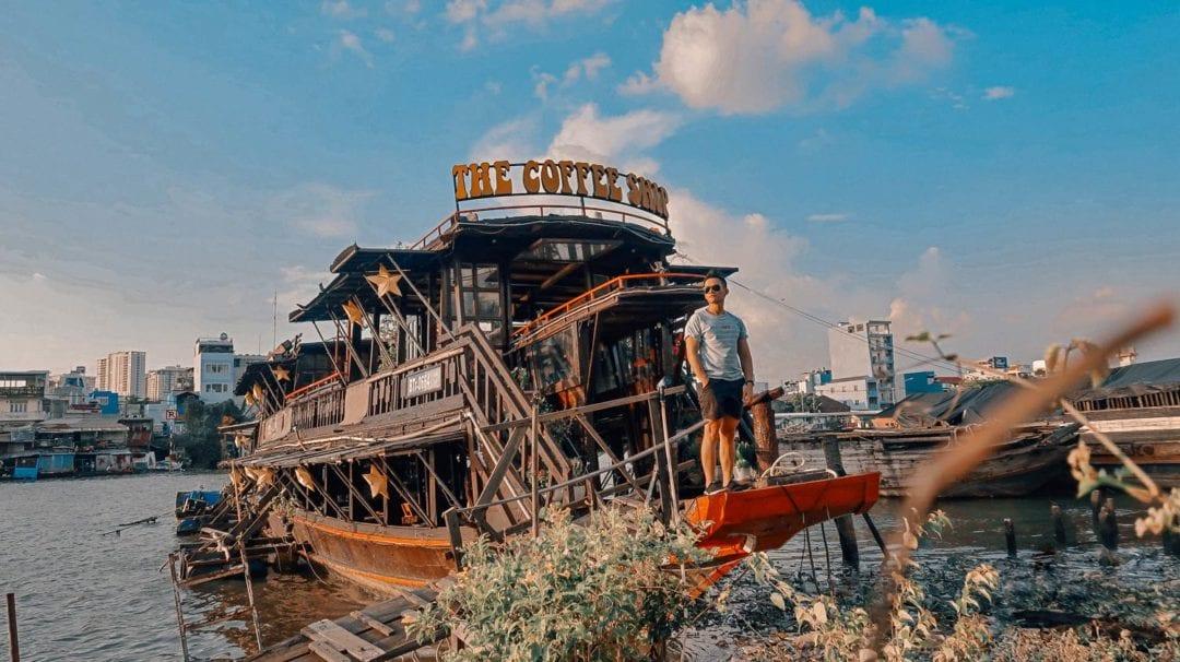 The Coffee Ship - Bồng bềnh ly cà phê ngắm hoàng hôn trên sông
