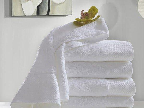Khăn tắm là đồ dùng bằng vải phải có