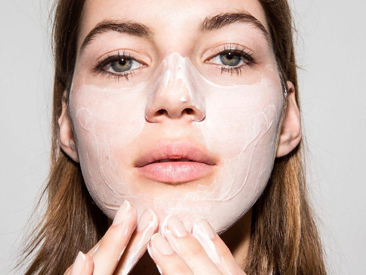 5 Lợi ích từ kem đánh răng cho làn da bạn | Đẹp365
