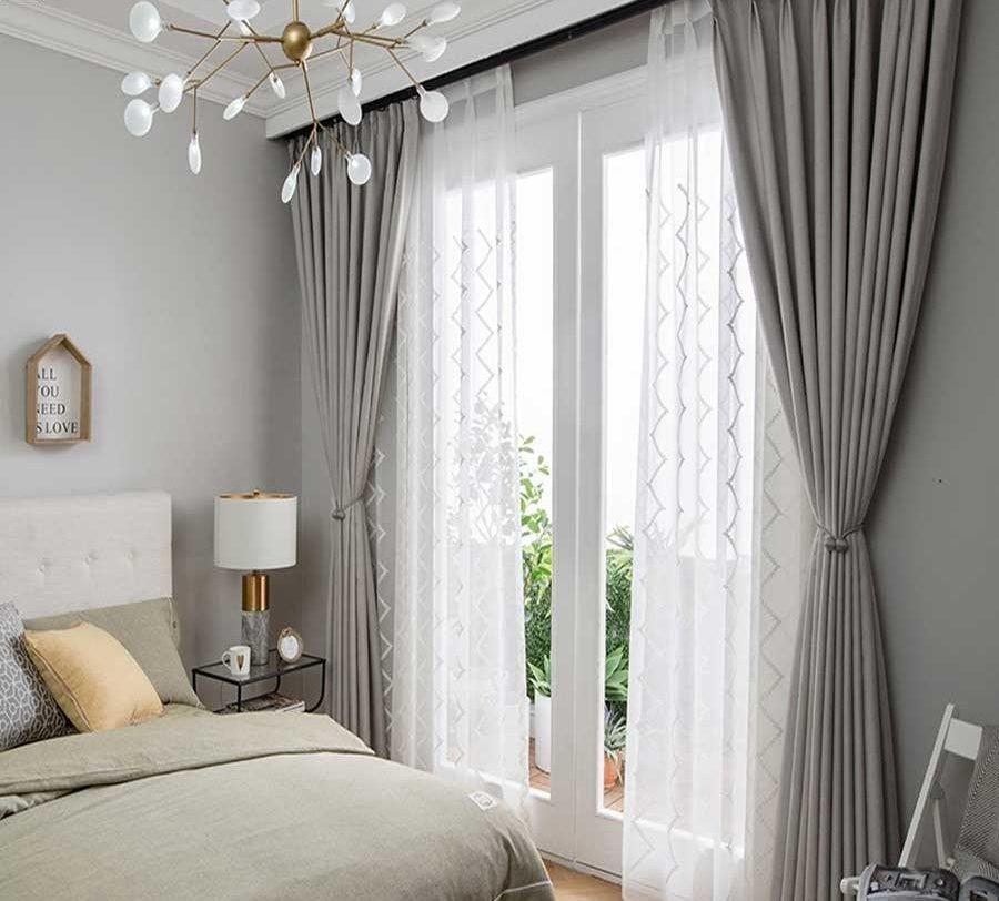Chọn rèm cửa cho phòng ngủ đẹp – hợp mệnh – giá rẻ