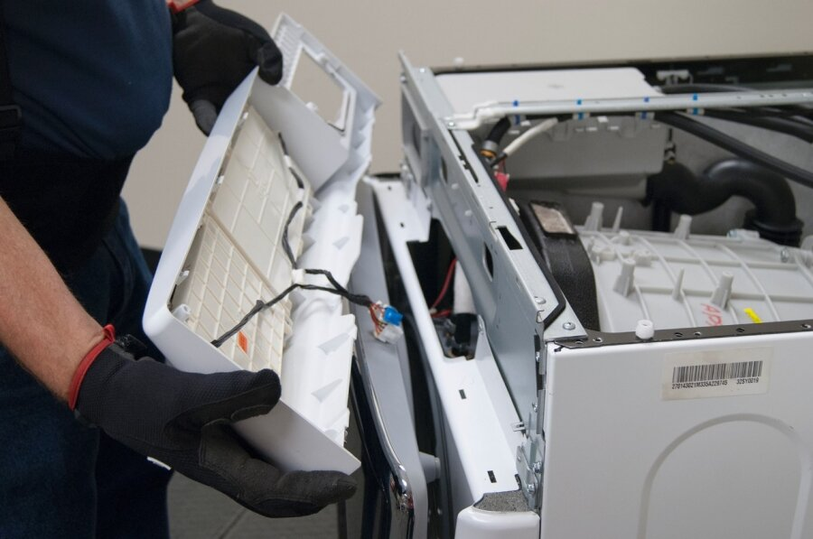 8 lỗi thường gặp của máy sấy quần áo và cách chữa hiệu quả nhất    websosanh.vn